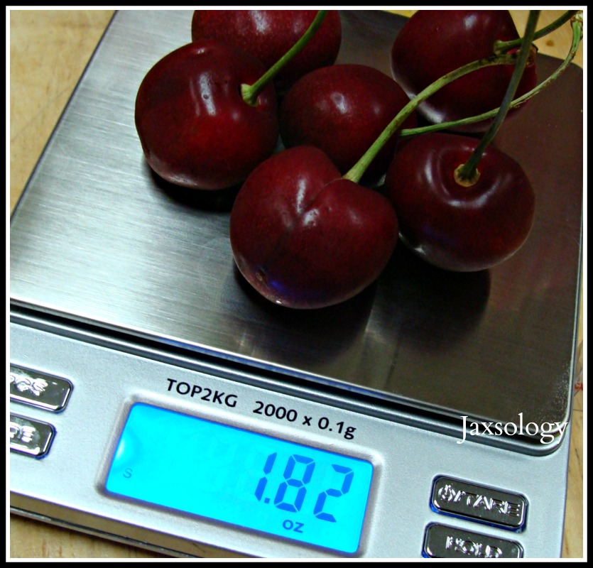 Smart Weight Pro Pocket Scale Weighing Cherries